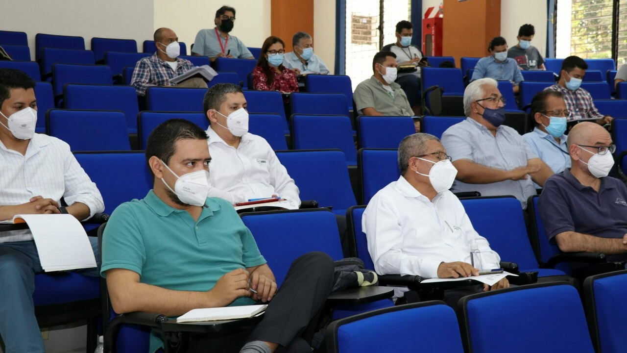 [UNIPA] Primo Master in Scienze Geologiche all'Universitàd de El Salvador_-2